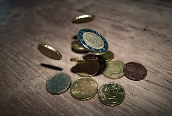 tips to maximize investment returns